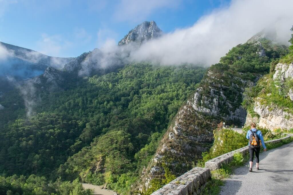 Amazing scenery before entering into Verdon Gorge